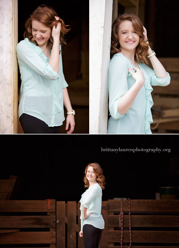 Senior photos at horse barn