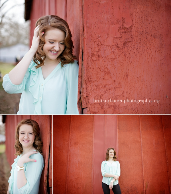 Senior pictures red barn